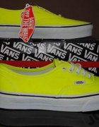 VANS OF THE WALL NEON 38