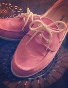różowe buty twojej babci