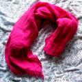 różowa chusta