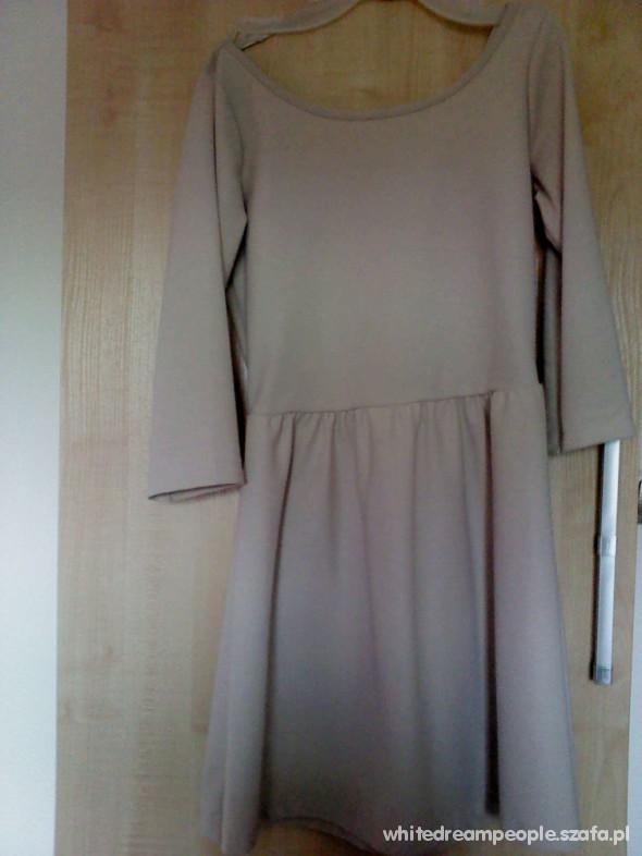 Suknie i sukienki Sukienka rozkloszowana nude S