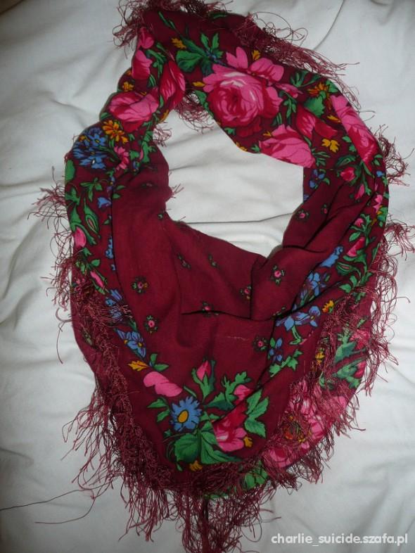 Chusty i apaszki chusta floral folk