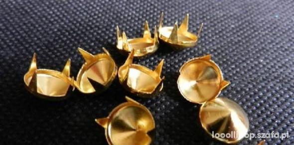 Pozostałe złote cwieki stozki 10mm