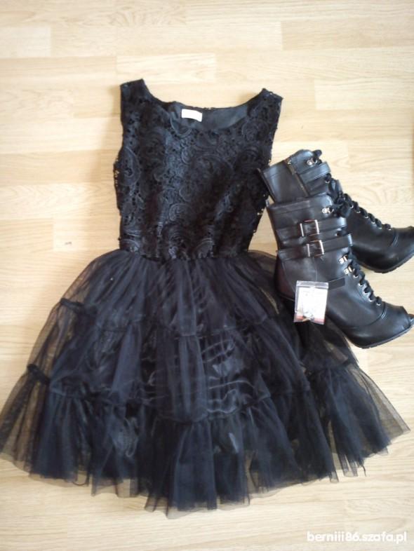 Suknie i sukienki Nowa czarna tiulowa koronka bershka 36 S