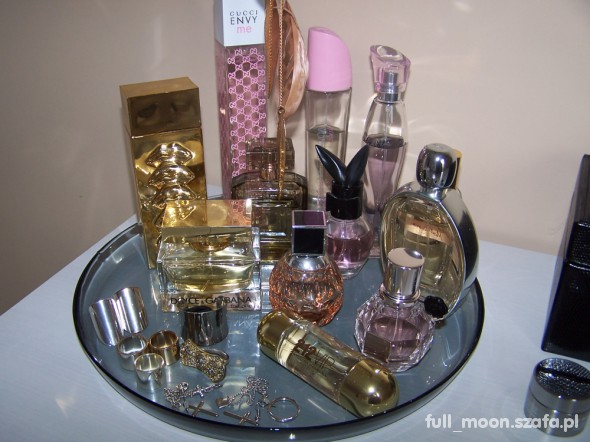 Fryzury Perfumy