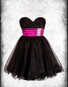 Śliczna sukienka Sherri Hill...
