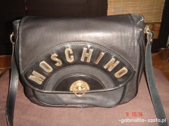 Listonoszka Moschino...