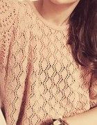 Sweterek karmelowy