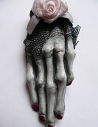 sketal hand