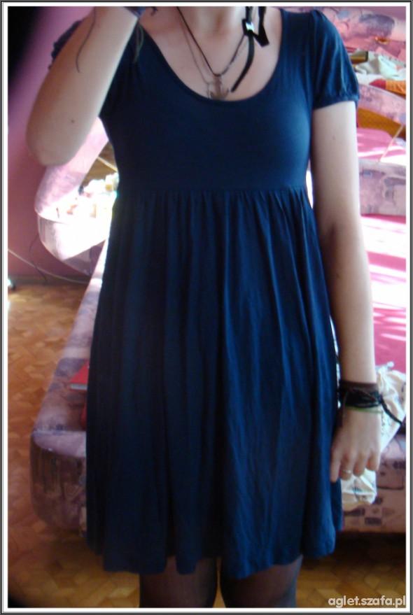 Suknie i sukienki Sukienka h&m granatowa TANIO