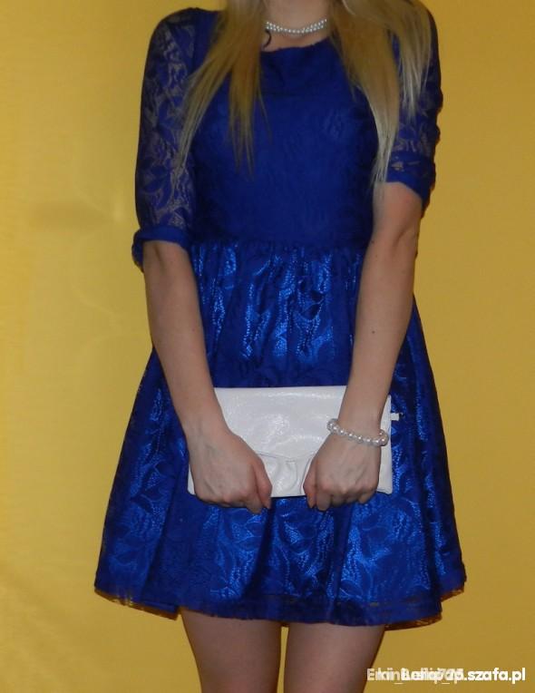 Suknie i sukienki FISHBONE NEW YORKER SUKIENKA KORONKA CHABROWA S