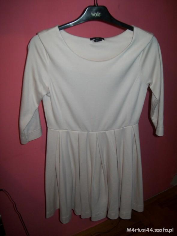 Suknie i sukienki sukienka HM nude rozkloszowana