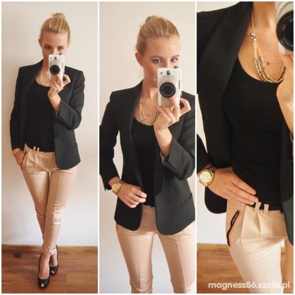 Mój styl marynarka i pudrowe spodnie