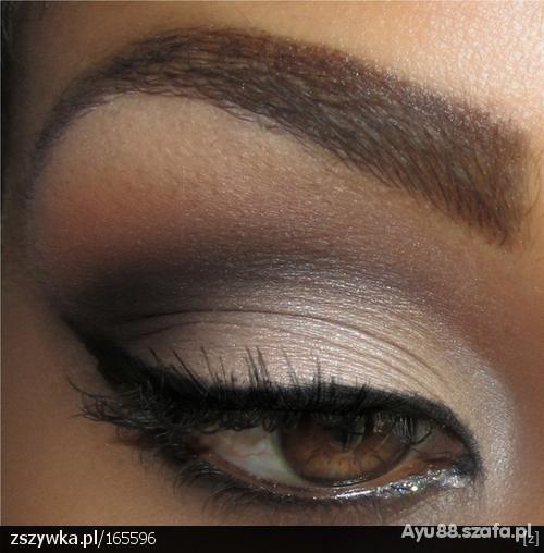 makijaz w stylu beyonce
