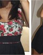 Sukienka floral rozkloszona
