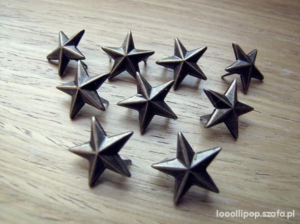 Pozostałe Ćwieki gwiazdki stare zloto