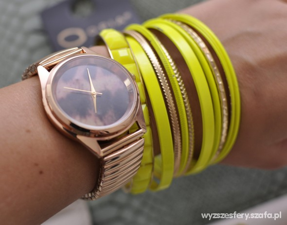 złoty zegarek opia