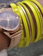 złoty zegarek opia...