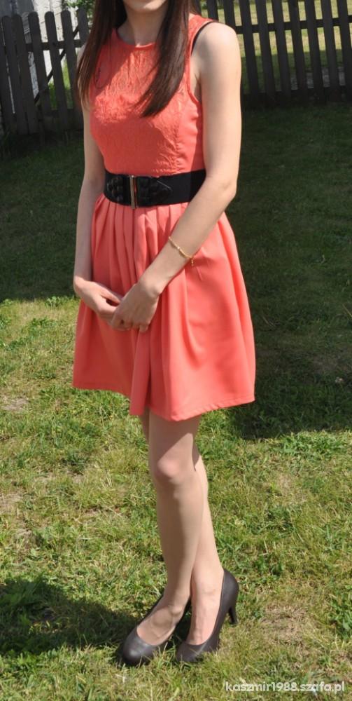 Eleganckie Mała pomarańczowa
