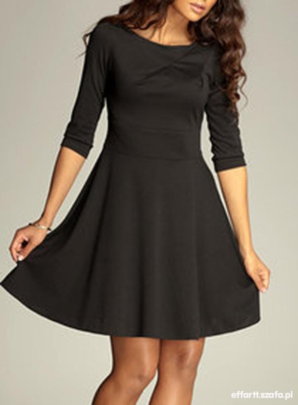 Suknie i sukienki NOWA ROZKLOSZOWANA XL L