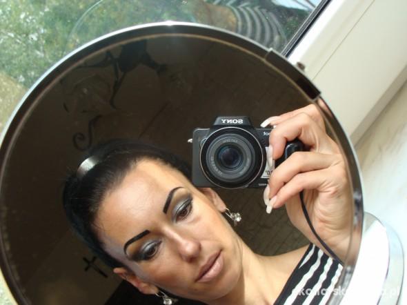 Mocny Make Up...