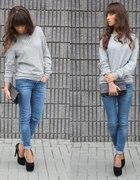 Z męskim sweterkiem