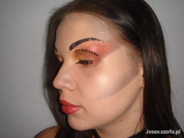 Fryzury Makijaż awangardowy