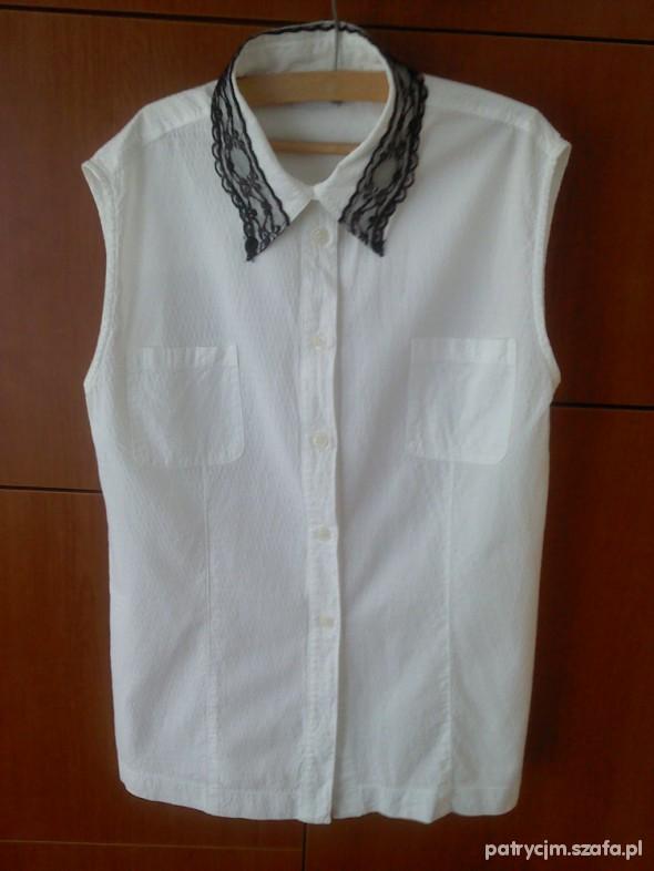 biała koszula z czarną koronką s