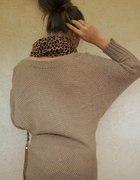 nowy brązowy sweter ze złotą nicią 80 cm długości
