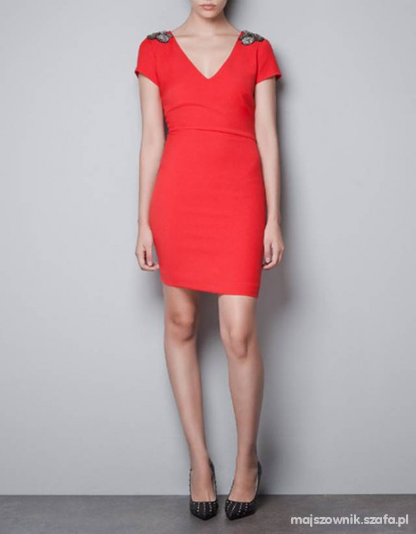 zara aplikacje pagony little red dress