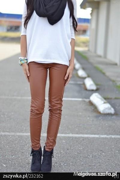 Spodnie karmelowe tregginsy skóra xs s