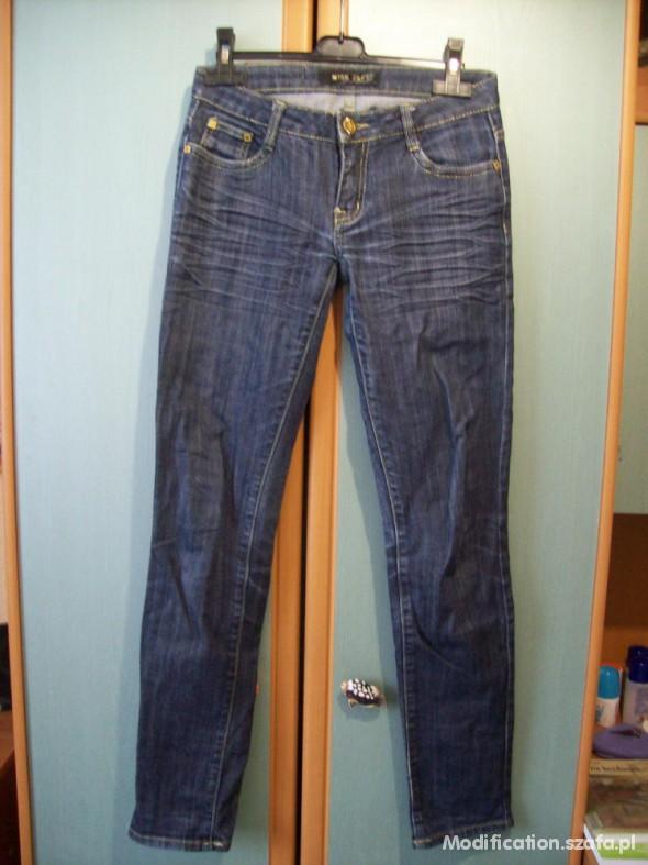 Spodnie WYPRZEDAŻ Rurki jeans 15zł