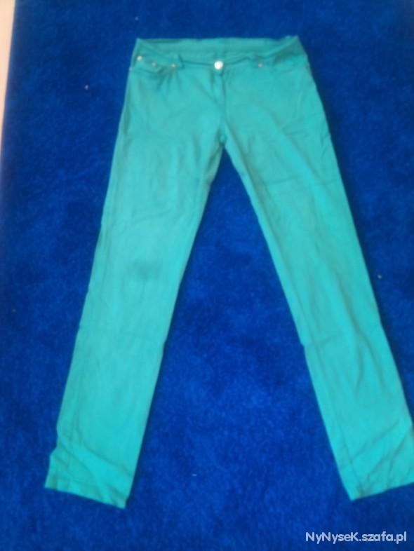 Spodnie Zielone spodnie z lekkiego materialu