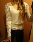 sweterek koronkowe rękawki...