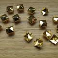 Złote ĆWIEKI PIRAMIDKI 7mm 8mm