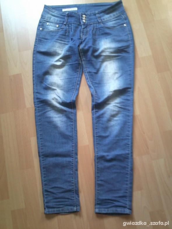 Spodnie rurki L