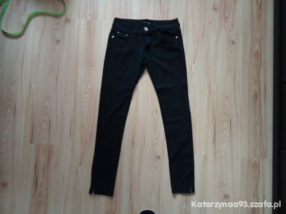 Spodnie Czarne legginsy z zamkami