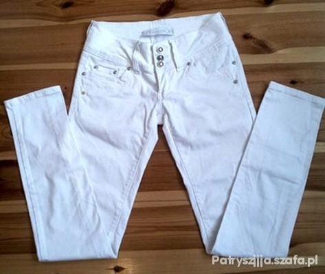 Spodnie Białe spodnie Goodies M