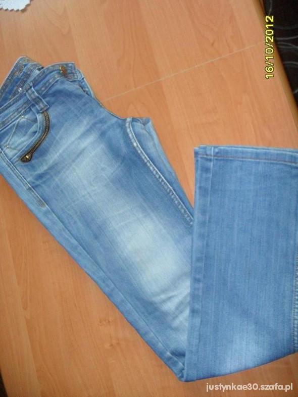 Spodnie Spodnie jeans