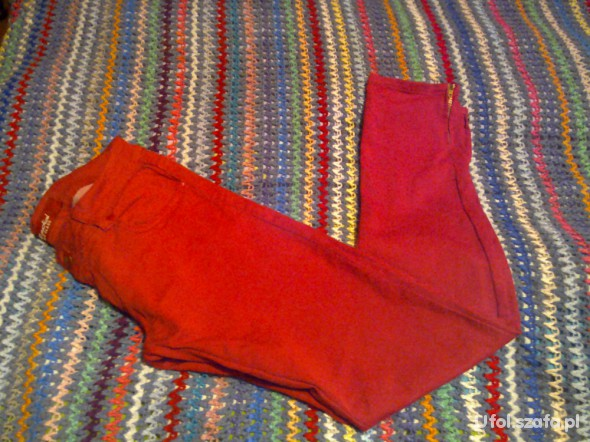 Spodnie Czerwone rurki zip rozm 38