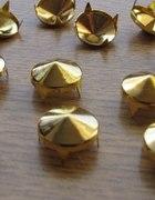 Złote Ćwieki stożki kolce okrągle śred 10mm wys7mm