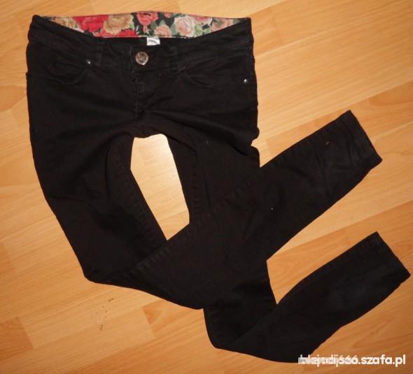 Spodnie OKAZJA CZARNE RURKI H&M xs