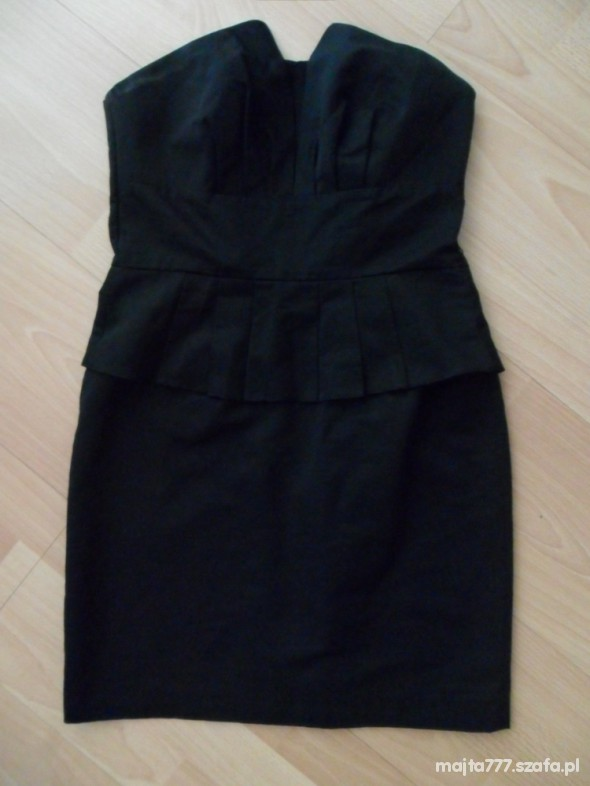 Suknie i sukienki sukienka z baskinką