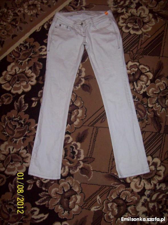 Spodnie Rurki białe L