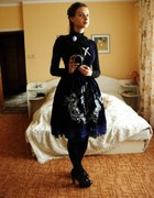 Classic Surface Spell sukienka...