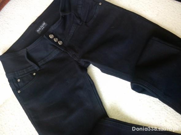 Spodnie NOWE RURKI sm