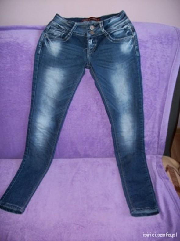 Spodnie Dzinsy XS