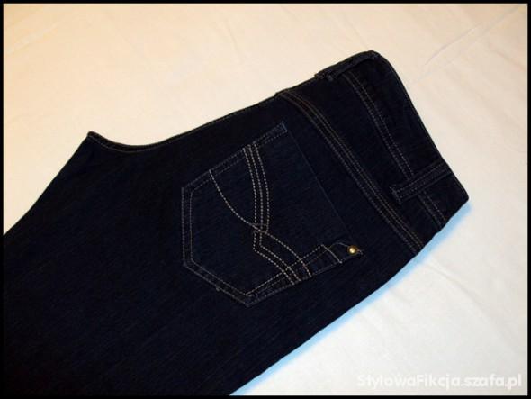 Spodnie PROMOCJA jeansowe spodnie Skiny Jean