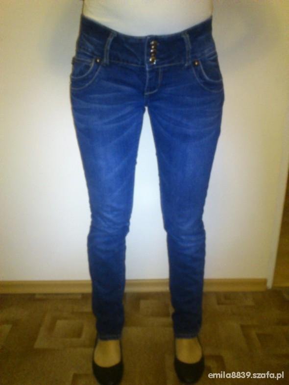 Spodnie Idelne rurki jeansowe 1