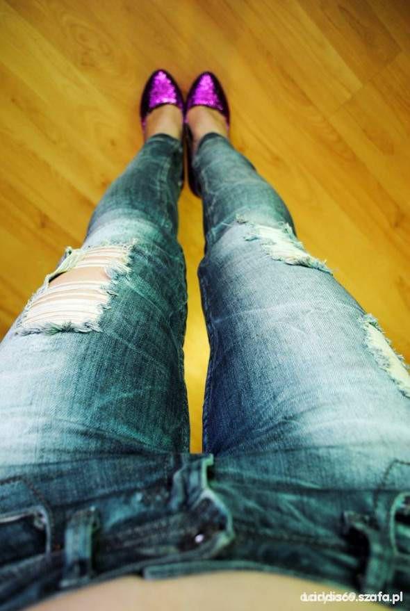 Spodnie Spodnie z przetarciami