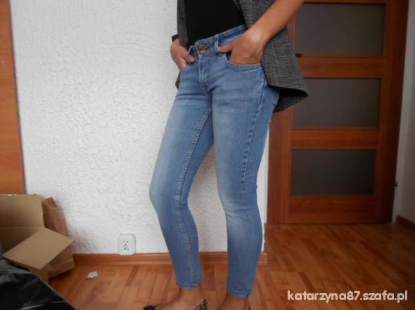 Spodnie PROMOCJA Kup2 rzeczy a trzecią weź GRATIS